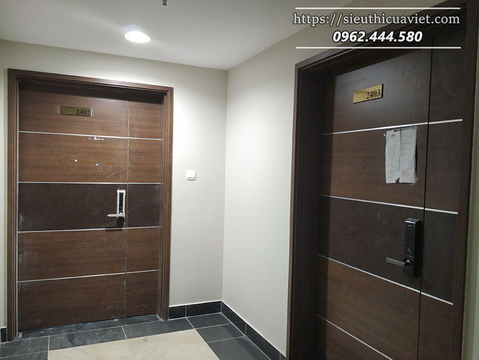 lắp đặt cửa gỗ tại chung cư số 37 Nguyễn Tuân