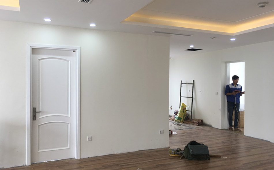 mẫu cửa gỗ phòng ngủ lắp đặt tại chung cư GREENBAY MỄ TRÌ.