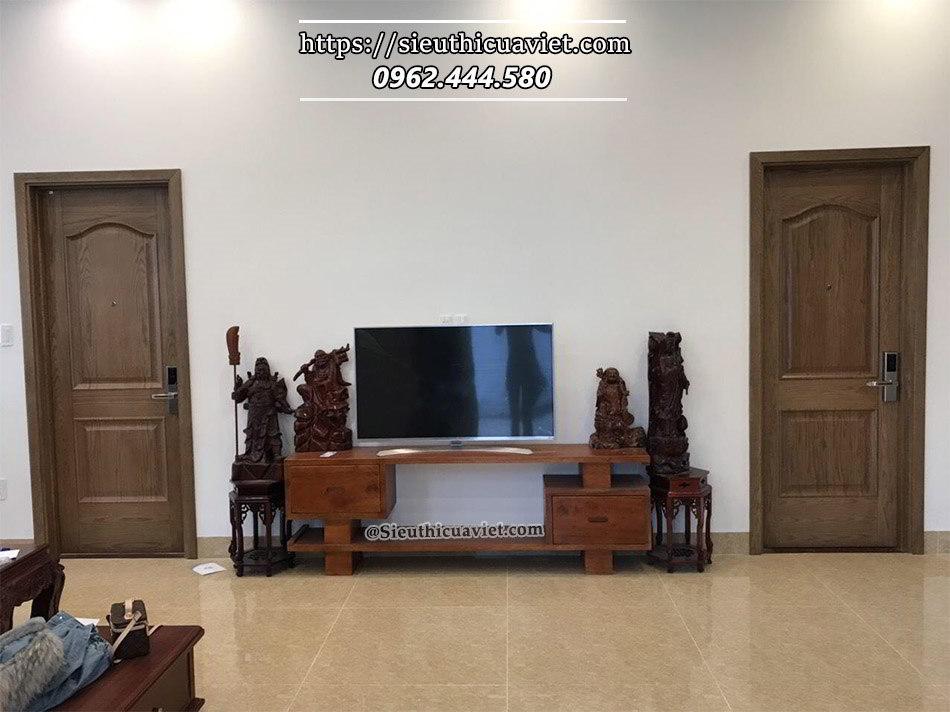 Công trình cửa gỗ nhà chú Trường - Kim Liên mới