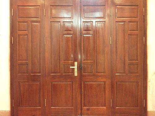 Mẫu cửa gỗ 4 cánh đẹp cơ bản