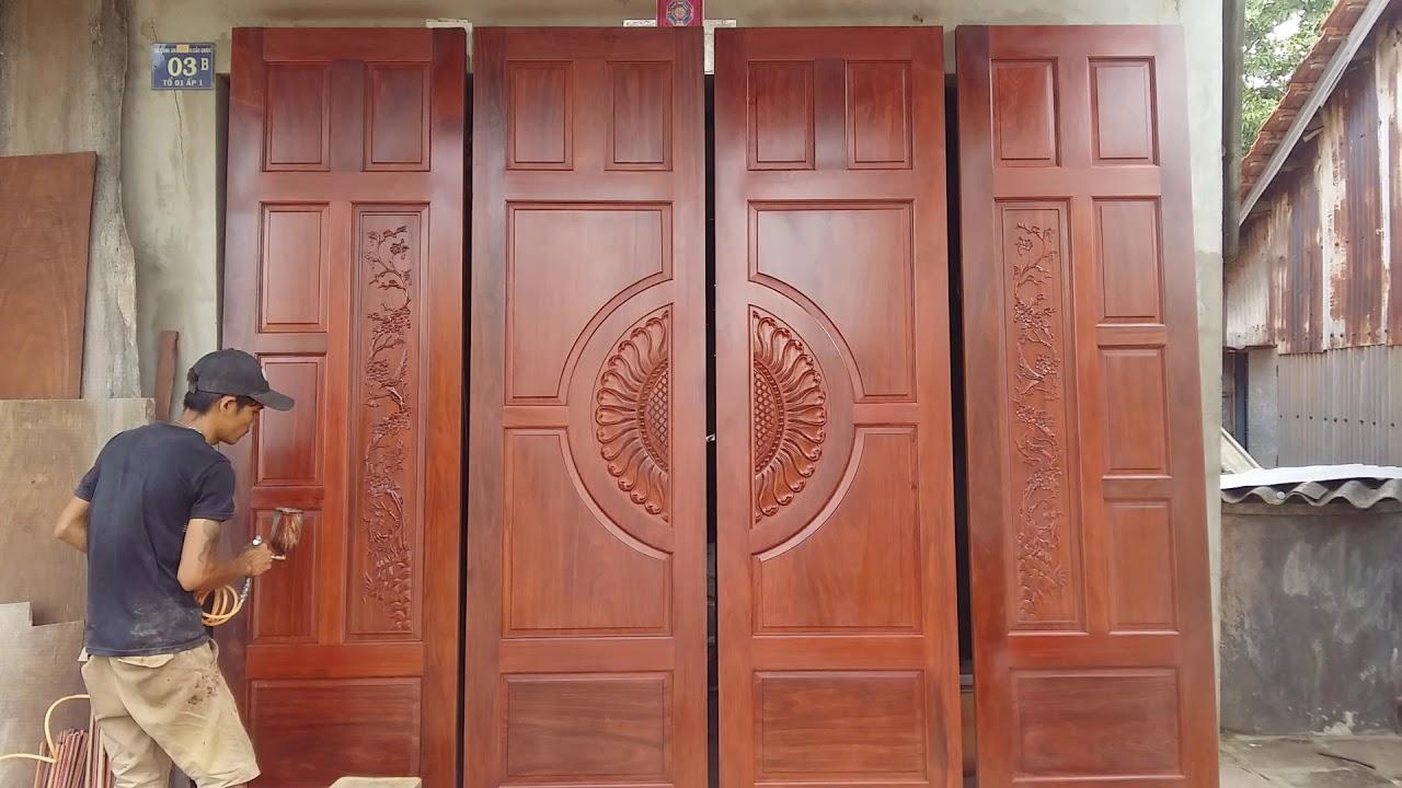 Mẫu cửa gỗ tự nhiên đẹp phổ biến được ưa chuộng tại Việt Nam