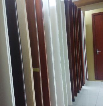 Showroom cửa gỗ Austdoor ở Hà Nội