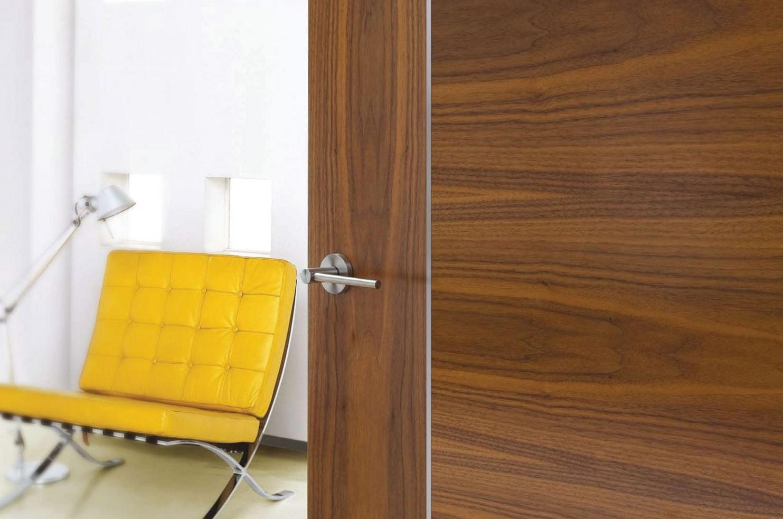 Cửa gỗ Huge sang trọng, hiện đại, ấm cúng, đẹp với đa dạng mẫu mã thiết kế