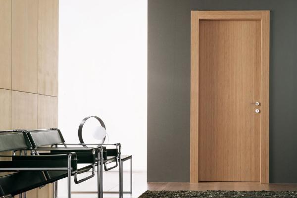 Cửa gỗ công nghiệp làm cửa nhà vệ sinh