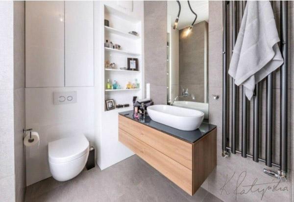 Phòng tắm trang trí đá thô