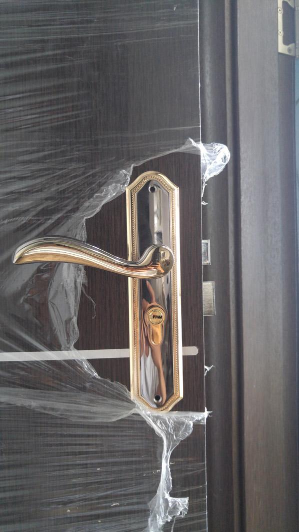 khóa cửa gỗ đẹp