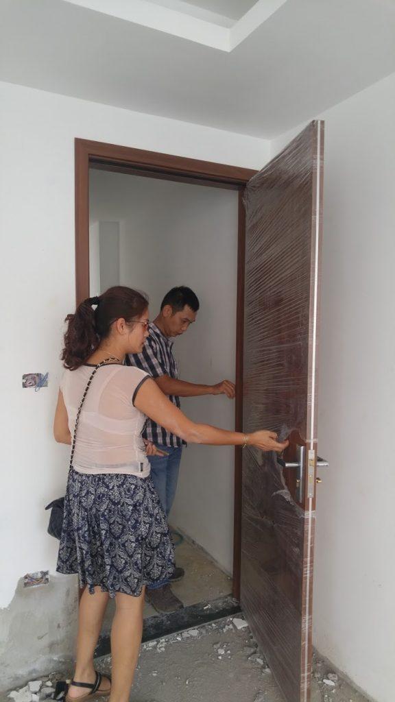 Chủ đầu tư khách sạn pomihoa đưa cửa gỗ chịu nước vào công trình