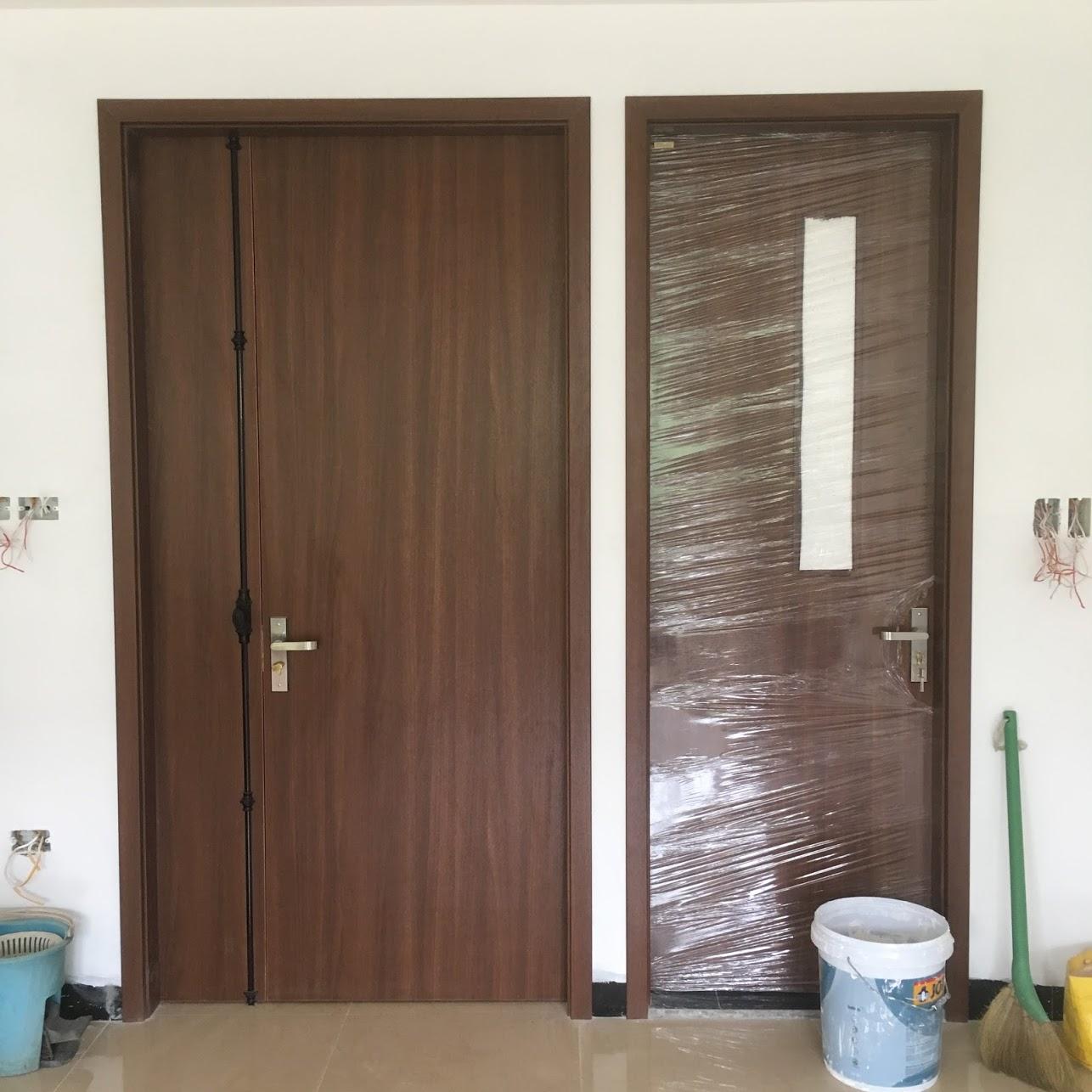 Lắp đặt cửa gỗ Huge tại eco park