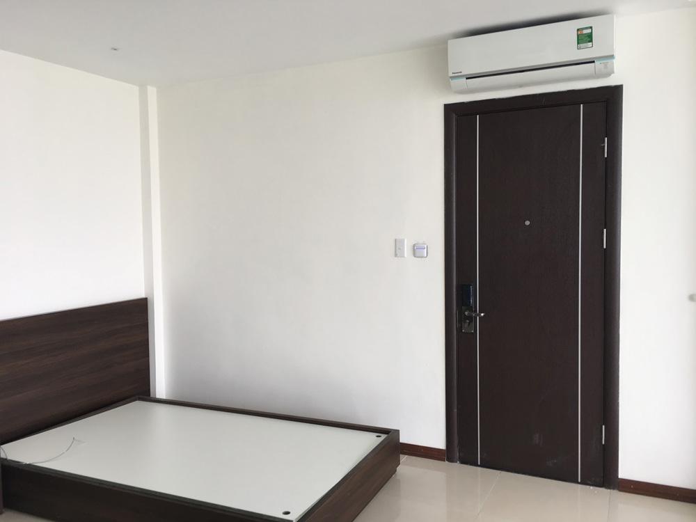 Mẫu cửa gỗ đẹp cho phòng khách sạn
