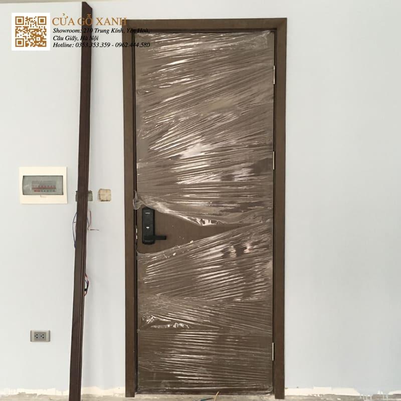 Mẫu cửa phòng ngủ sử dụng khoá vân tay