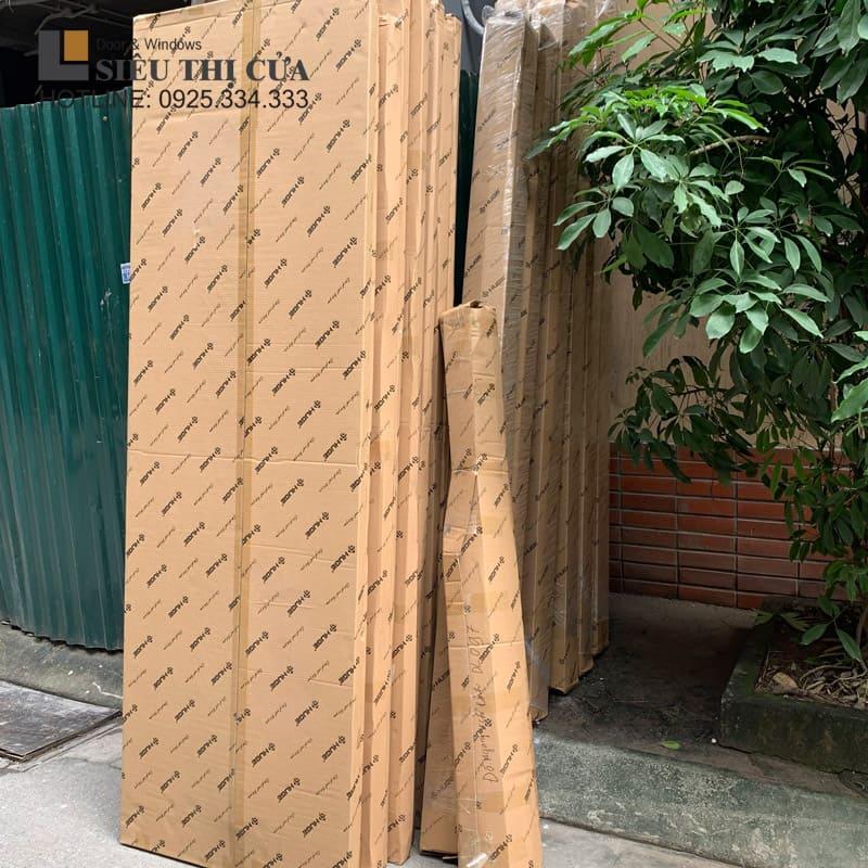 Cửa gỗ Huge bao bì carton đặc trưng