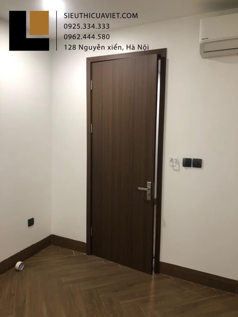 Cửa thông phòng mẫu phẳng hiện đại