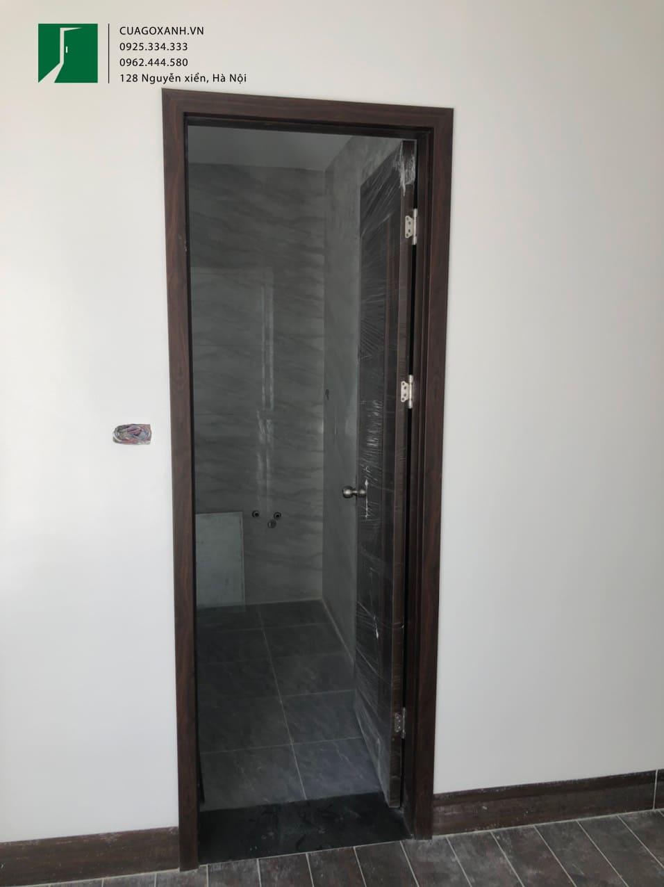Hệ cửa vệ sinh sử dụng gỗ chống nước